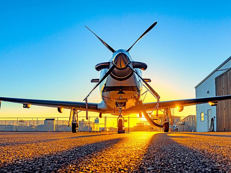Richland Airport sunrise plane